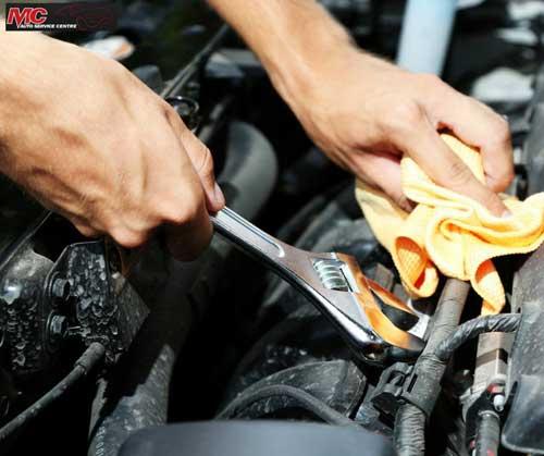 Engine repairs Werribee